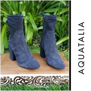 Chic Aquatalia Navy Suede Weatherproof Booties